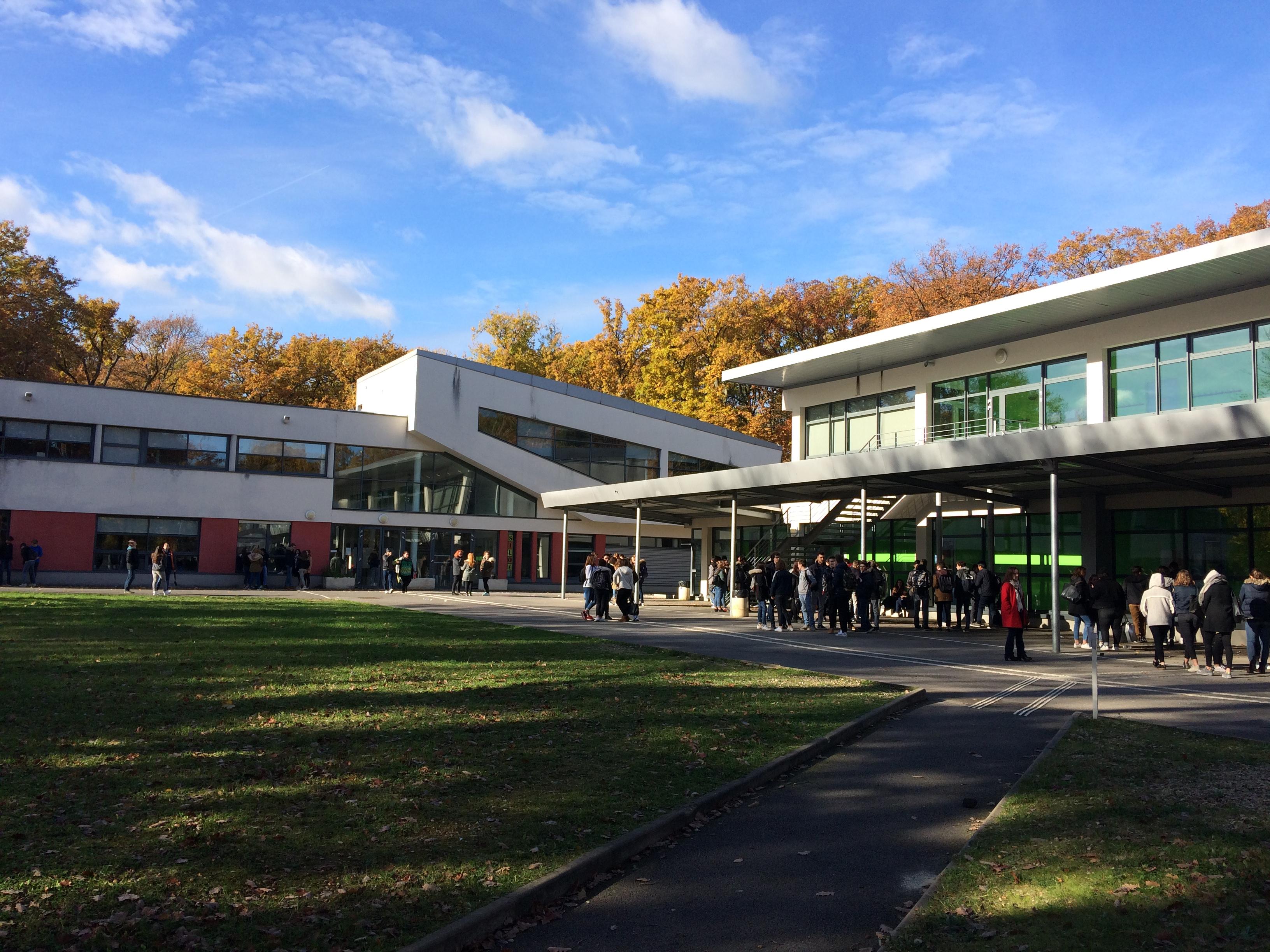 1 Lycée